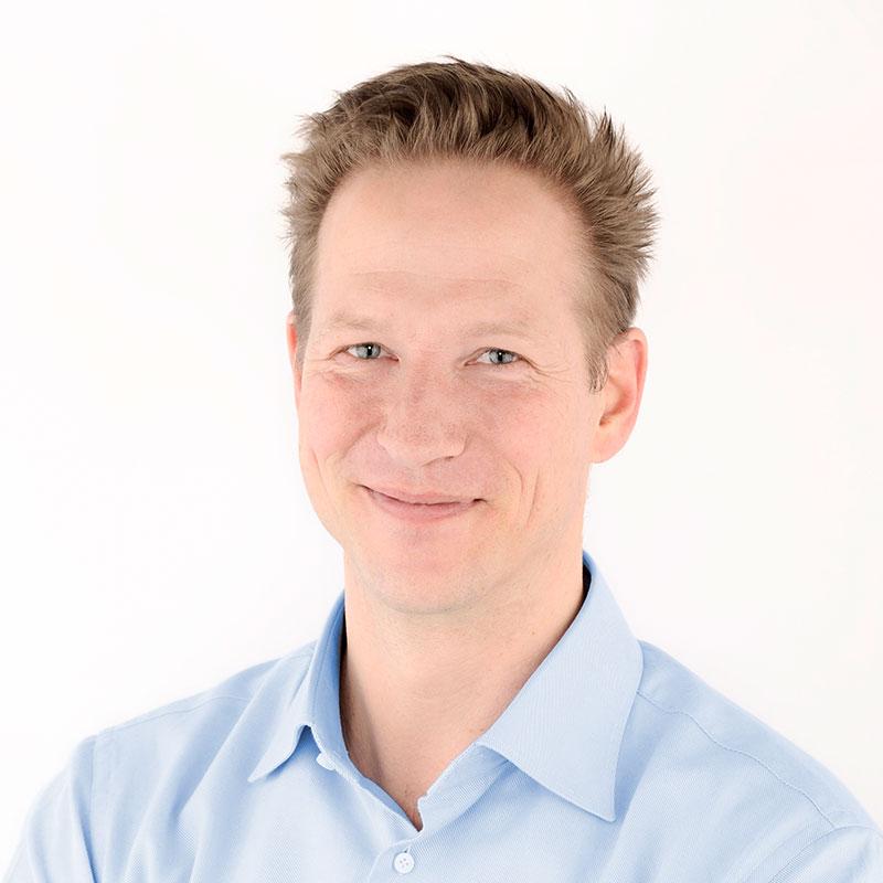 Portrait_Dr_Schneider